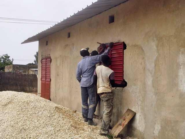 Le Création d'un Centre de Ressources Communautaires de N'Dangane en travaux